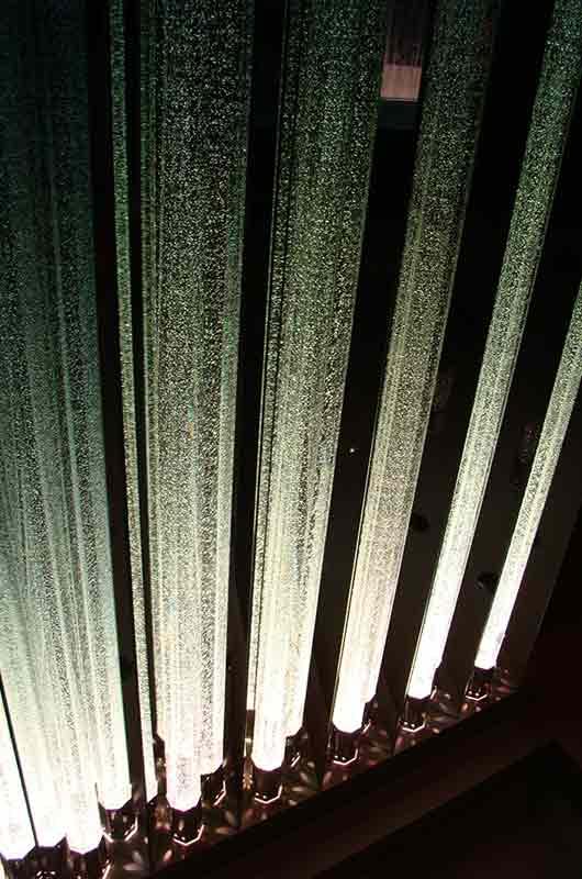 Орган из световых колонн в интерьере, Архистиль, Бишкек