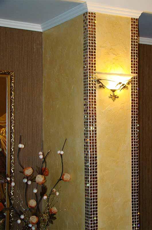 Колонна, отделанная граненой мозаикой, Архистиль, Бишкек