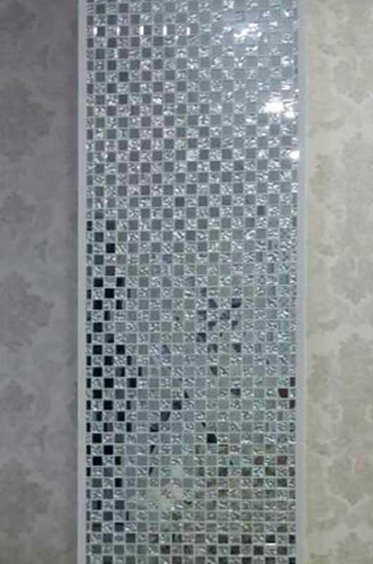 Колонна в гостиной, оформленная декоративной мозаикой, Архистиль, Бишкек