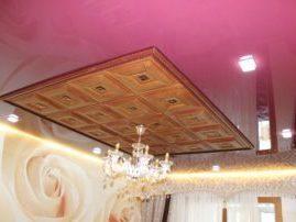 Натяжной потолок комбинированный с мягкими панелями из экокожи