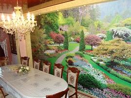 Фотообои «Дворцовый парк» в столовой