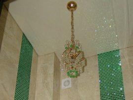 Изумрудная декоративная вставка из граненой мозаики
