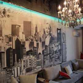 Черно-белая фреска Applico в стиле «грандж» в частном интерьере