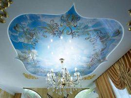 Красивый натяжной потолок с фотопечатью в стиле ампир