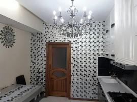 Кухня, отделанная мозаикой